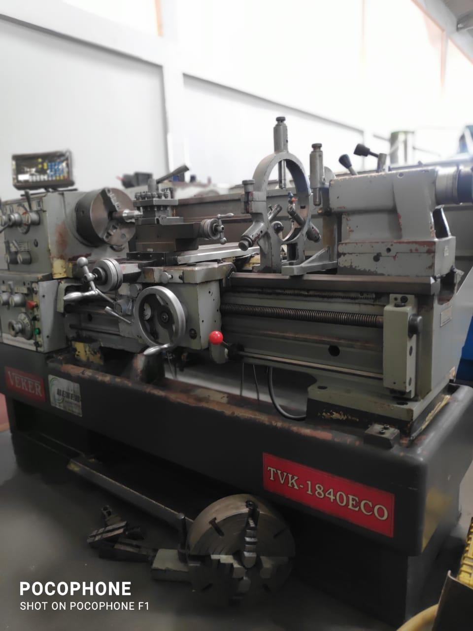Torno mecânico marca Veker, modelo TVK1840 ECO | Vision Mach Equipamentos